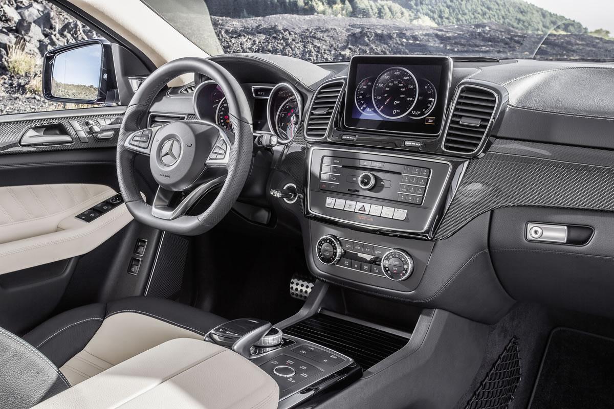 Mercedes-Benz-GLE-Coupe-14C1269_005_medium
