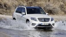 Mercedes-Benz-GLK-12C179_136