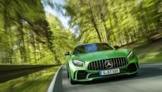 Mercedes-Benz-GT-AMG-16C434_073_D304461