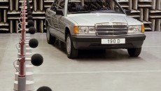 Mercedes-Benz 190 D (W 201 model series). Noise level measurement in the soundproof chamber