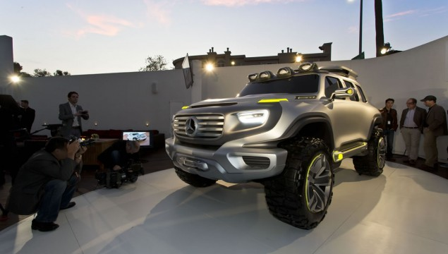 Mercedes-Benz Premieres Three Vehicles at LA Auto Show