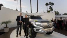 Mercedes-Benz-LA-Auto-Show-12C1323_044