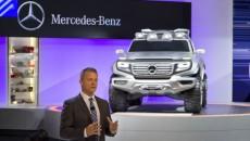 Mercedes-Benz-LA-Auto-Show-12C1325_005