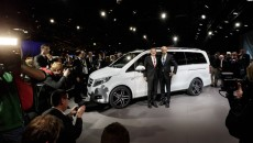 Mercedes-Benz-MPV-14C75_003