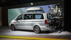 Mercedes-Benz-MPV-14C75_023