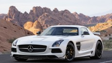 Mercedes-Benz-SLS-AMG-Black-Sereies-12C1232_04