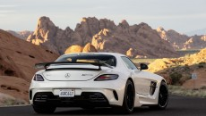 Mercedes-Benz-SLS-AMG-Black-Sereies-12C1232_08