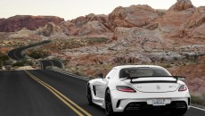 Mercedes-Benz-SLS-AMG-Black-Sereies-12C1232_32