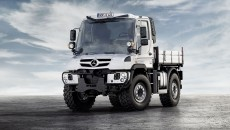 Mercedes-Benz-unimog-13C429_56