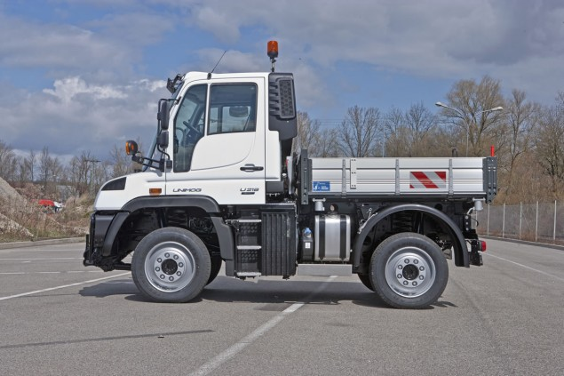 Unimog U 216 to Unimog U 530 Implement Carriers