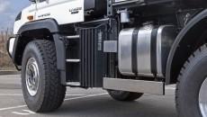 Mercedes-Benz-unimog-13C434_017