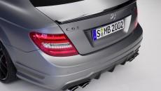 Mercedes-C63-AMG-13C41_48_medium