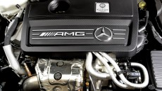 Mercedes CLA45 AMG Edition 1 Engine