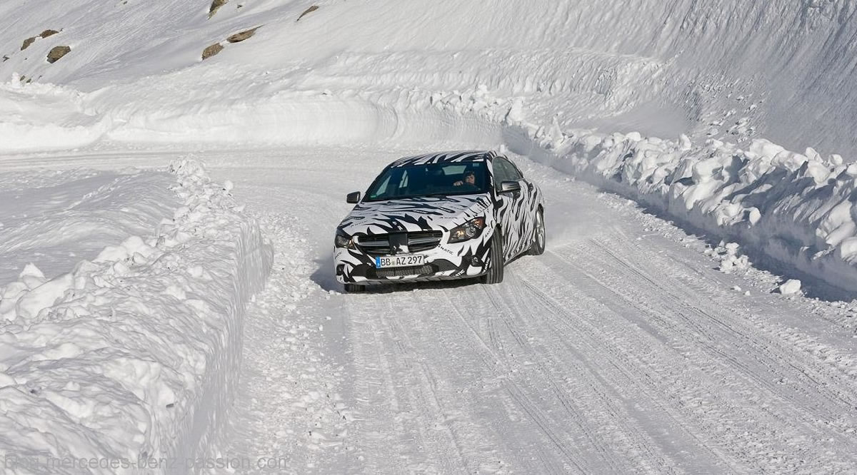 Mercedes-CLA45-AMG-24