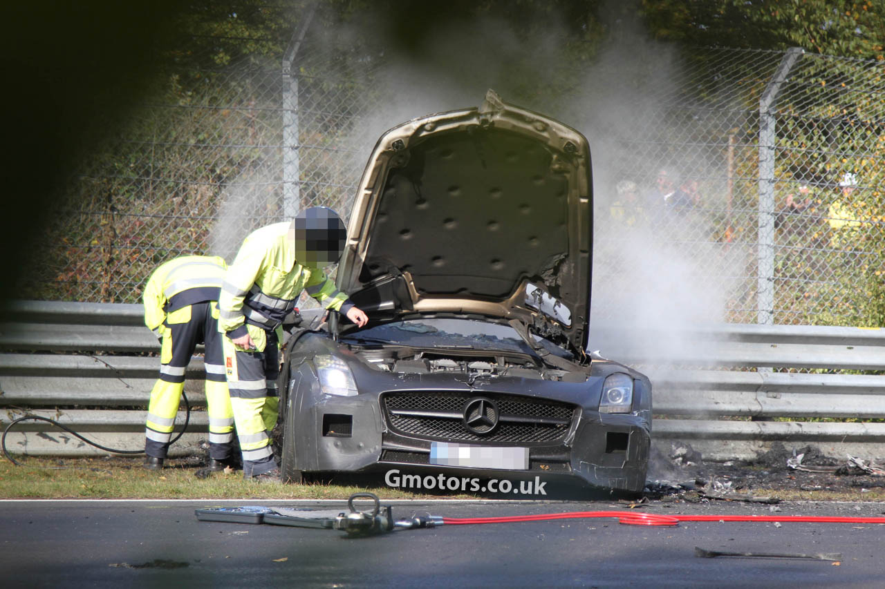 Mercedes-Benz SLS AMG Black Series Crashes 10