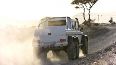 Mercedes-g63-amg-6x6-armored-13C215_003
