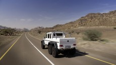 Mercedes-g63-amg-6x6-armored-13C215_015