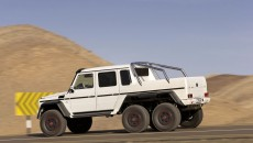 Mercedes-g63-amg-6x6-armored-13C215_029