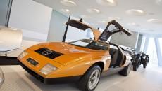 Mercedes_Benz_Museum-10C440_014