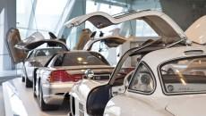 Mercedes_Benz_Museum-10C440_044