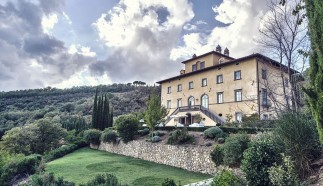 Palazzo Terranova is an exclusive and luxurious villa nestling in the hills of Umbria. This idyllic, rustic scene has changed little since the late 17th century when the palazzo's original owners gazed from the romantic Romeo and Juliet balconies. High in the tranquil hills of Umbria, among the most poetic of Italian landscapes, the good life -La Dolce Vita - still reigns.