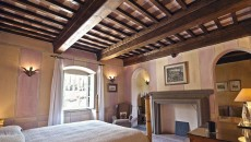 Has the same stunning views as La Traviata. Painted soft peach and dove grey, the large bedroom features a wrought iron super king sized bed. The luxurious bathroom is en-suite and there is a small walk on balcony overlooking the terrace and hills beyond. Bellini also boasts one of only two working fireplaces of all the bedrooms in the main house.