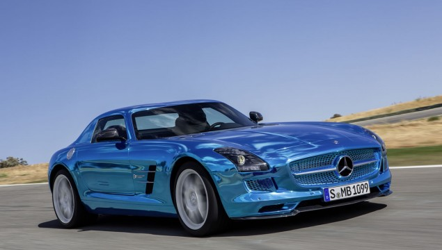 Mercedes-Benz SLS AMG Coupe Electric Drive at 2012 Paris Motor Show – Video Update