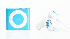Waterproof iPod Shuffle Swimbuds Bundle