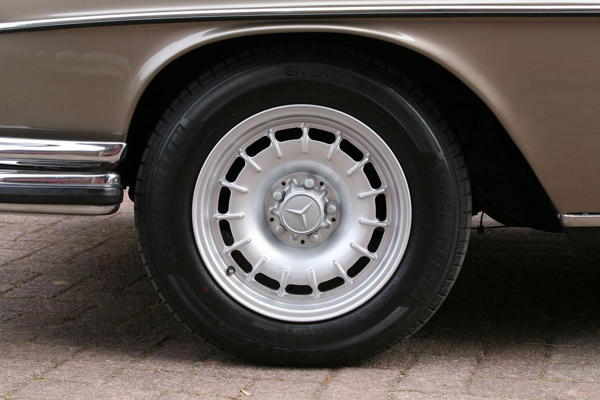 Vath Mercedes-Benz 300 SEL 6.3 wheel