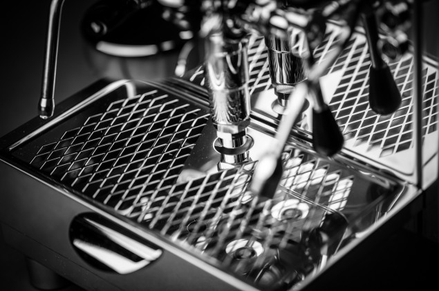 Alex Duetto II by Izzo drip tray and E61 brew group