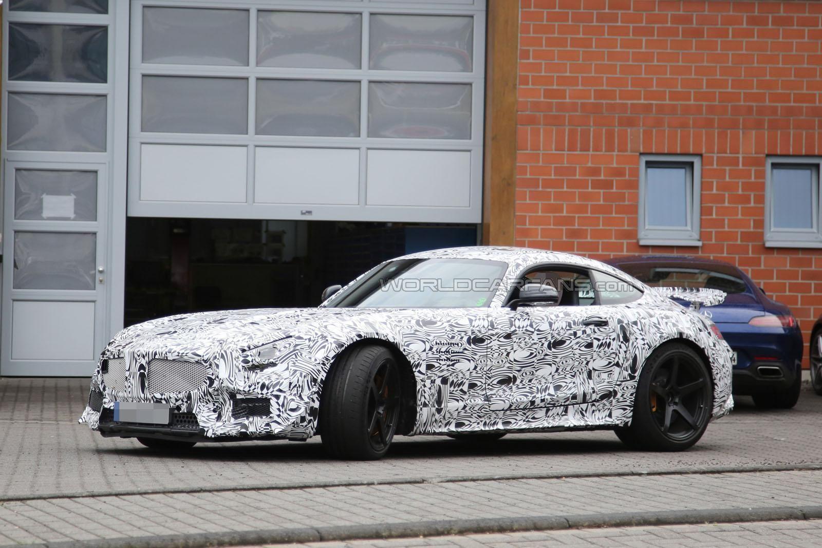 AMG GT3 Spy Photos