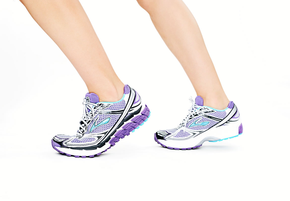 Brooks Adrenaline GTS 12 and Ghost 5   eMercedesBenz Lifestyle,MWLTUKO121,Brooks Ghost 5 Running Shoes side view