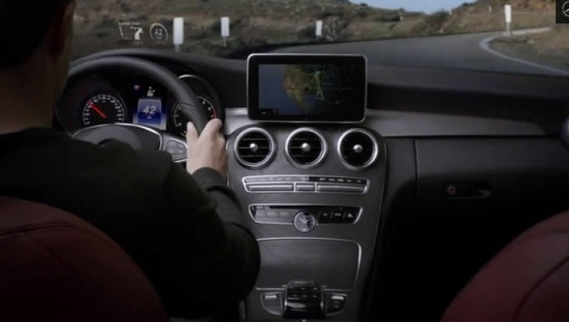 "2015 C-Class Commercial ""Touchpoint"""