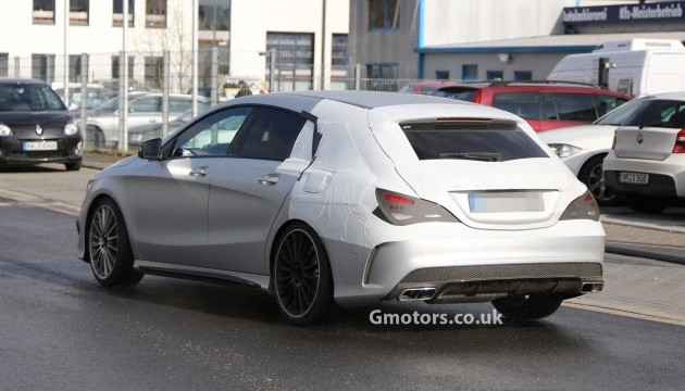 2015 CLA45 AMG Shooting Brake Spied