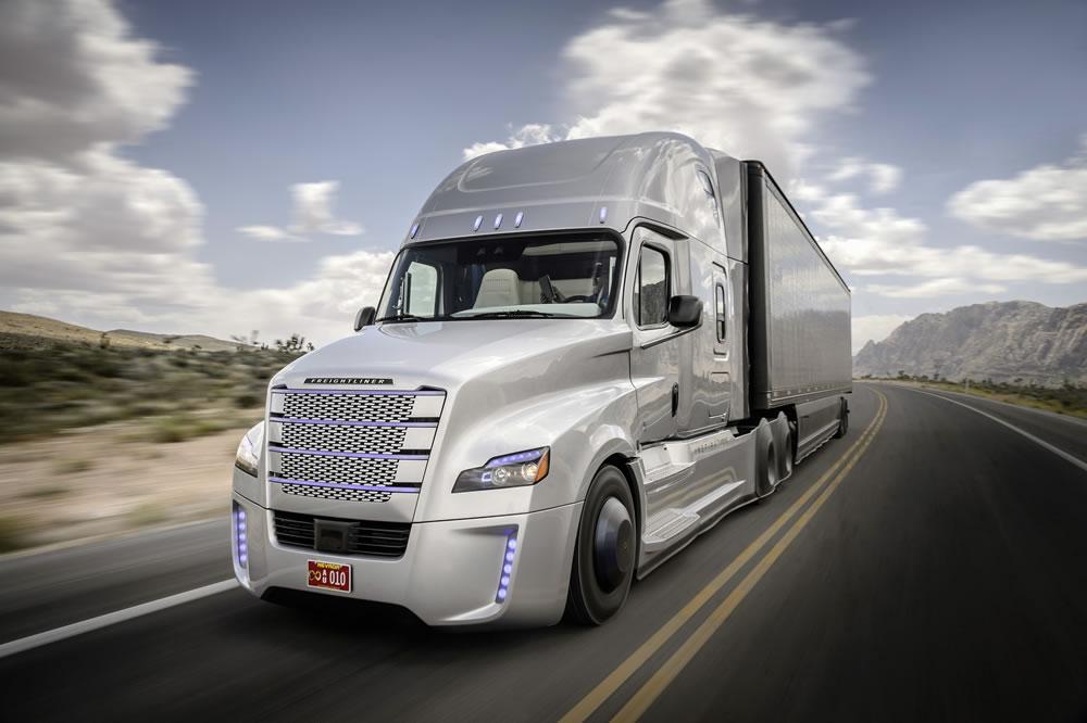 daimler-truck-mercedes-15C466_001