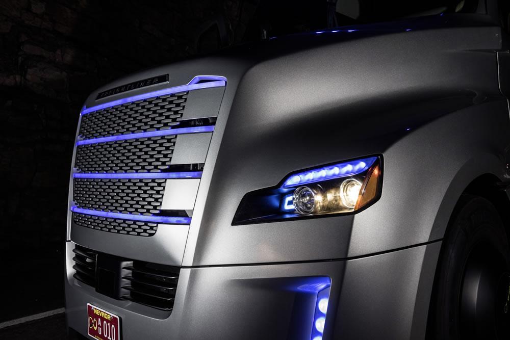 Freightliner Inspiration Truck grille