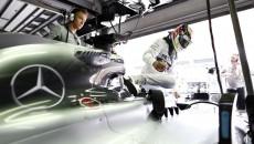 formula-1-mercedes-F12014GP02MYS_JK1530427