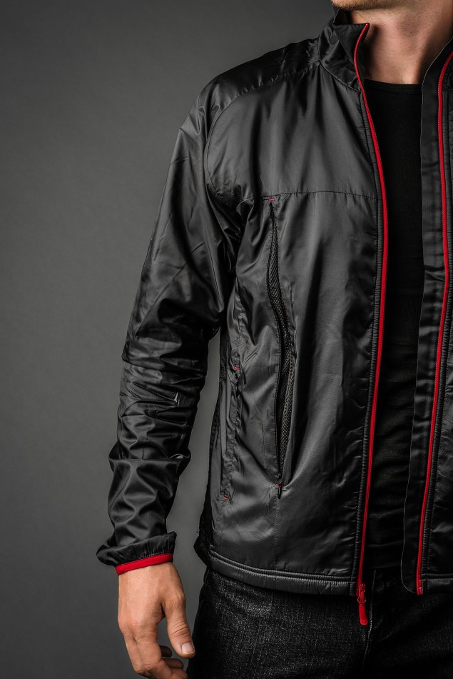 Helly Hansen H2 Flow Jacket front vents