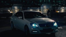 In order to film the main battle with Tom Cruise in Jack Reacher, a white 2012 Mercedes-Benz C-Class Coupe had to be cut into two pieces in order to shoot the interior scenes and the car's features. While the new C-Class Coupe has some impressive safety features, Jack Reacher should have opted to steal a Mercedes Guard instead.