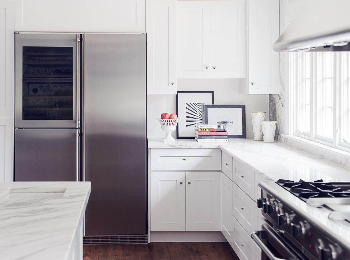 Liebherr SBS 246 48″ Refrigerator