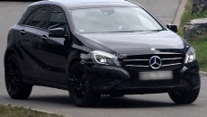 mercedes-Benz-GLA-crossover-Spy-photo-3