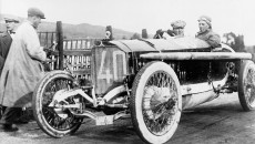 Targa Florio, Sicily, April 2, 1922. With his 115 HP Mercedes Grand Prix racing car from 1914, Count Giulio Masetti won the Targa Florio over a distance of 432 km.