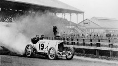 Daytona Beach, March 17, 1910: Barney Oldfield in record runs at Ormond Bay, Daytona, Florida. He reached a speed of 211.97 km/h over one mile from a flying start.