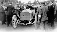 4th Gordon Bennett race in Ireleand, July 2, 1903. The winner Camille Jenatzy (starting number 4) with a 60 hp Mercedes-Simplex race car.