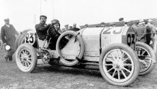 French Grand Prix near Dieppe, July 7, 1908: René Hanriot (start number 23) finishes in third place in a Benz 120 hp.