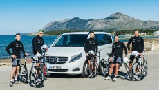 The V-class as a strong partner: Mercedes-Benz supports the triathletes of TEAM SPORT FOR GOOD