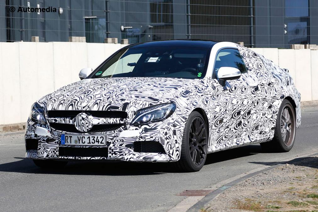mercedes-c63-amg-coupe–4-27