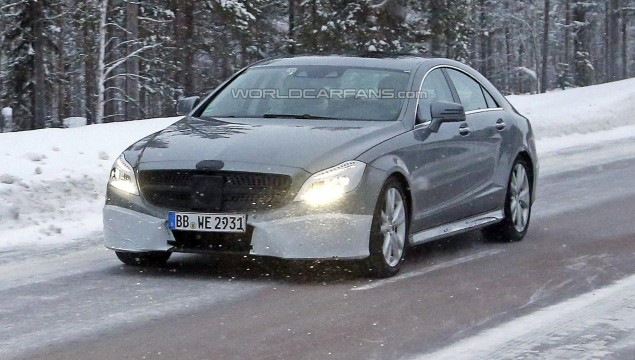 Mercedes-Benz CLS Spy Photo