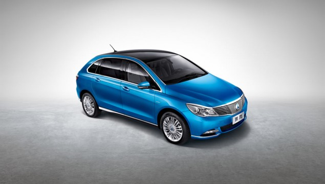 Mercedes & BYD Reveal the Denza Electric Vehicle