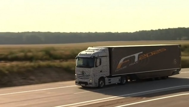Truck of the Future is a Mercedes-Benz – Video